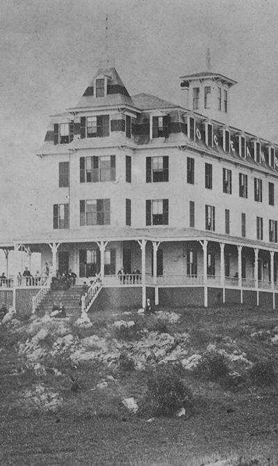 Ocean Bluff Hotel