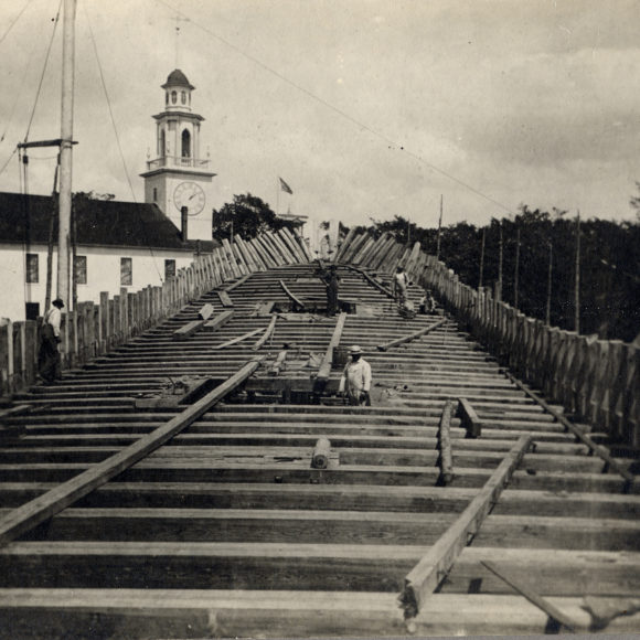 Clark Shipyard in 1901