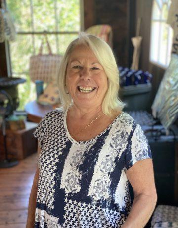 Donna Simmard